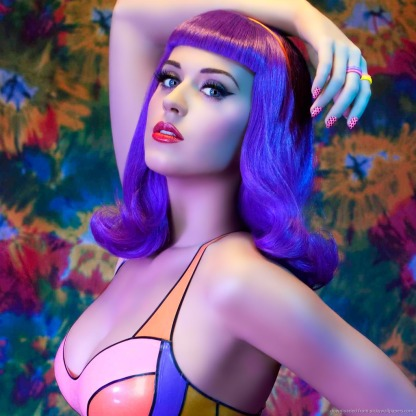 katy-perry-in-purple-wig